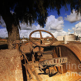 Jerry Cowart - Vintage Rusty Old Abandoned Farm Tractor