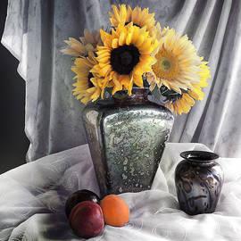 Sandra Selle Rodriguez - Vintage Sunflowers Still Life