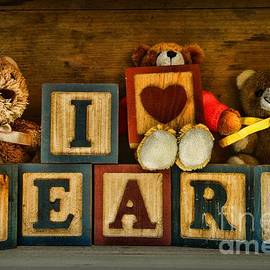 Paul Ward - Vintage Toys - I Love Bears