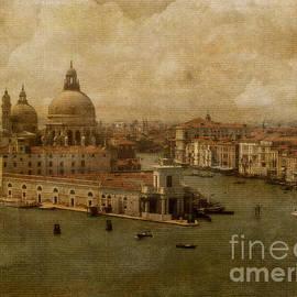Lois Bryan - Vintage Venice