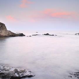 Guido Montanes Castillo - Volcanic pink sunset