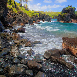 Inge Johnsson - Waianapanapa Rocks