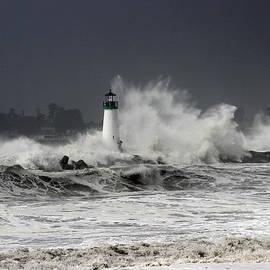 Deana Glenz - Walton Lighthouse Takes a Beating