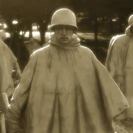 Nicola Nobile - War Soldiers on Patrol