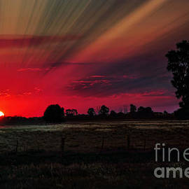Kaye Menner - Warmth of a Country Sunset