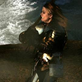 RC deWinter - Warrior Woman