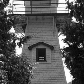 Elaine Mikkelstrup - Wasaga Beach Lighthouse