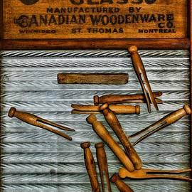 Paul Ward - Washboard and Clothes Pins