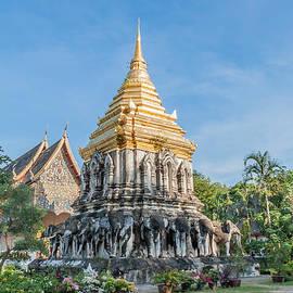 Jennifer Stinson - Wat Chiang Man