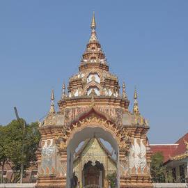 Gerry Gantt - Wat Pa Phrao Nok Temple Gate DTHCM0772