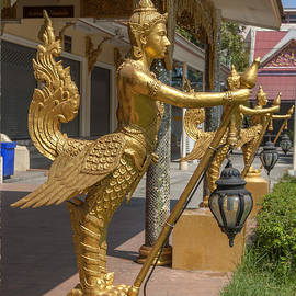 Gerry Gantt - Wat Songtham Kinaree DTHB1923