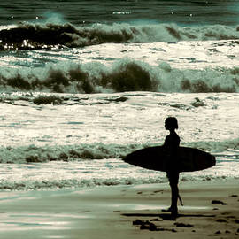 Michael Schwartzberg - Watching Waves
