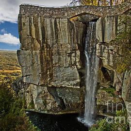 Tom Gari Gallery-Three-Photography - Water Fall At Rock City