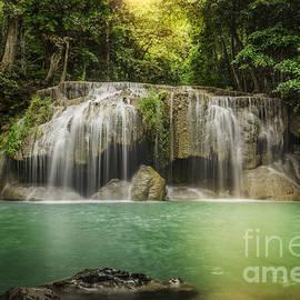Anek Suwannaphoom - Waterfall
