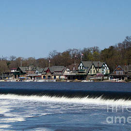 Terry Weaver - Waterfall at Boathouse Row