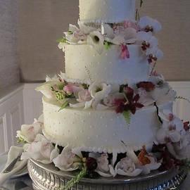 Arlene Carmel - Wedding Cake In Bloom