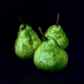 Geoffrey Coelho - Wet Pears - Still Life - Square