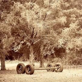 JoNeL Art  - Wheels and Axles