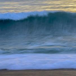 Amanda Sinco - Whisper of the Waves