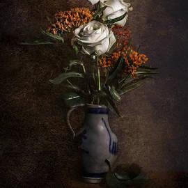 Hugo Bussen - White Roses in ceramic jar