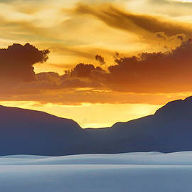 Nikolyn McDonald - White Sands Sunset #3 - New Mexico