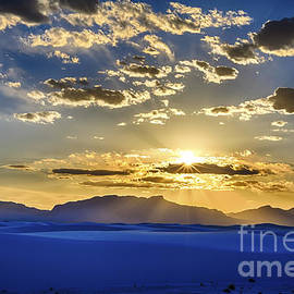 Scotts Scapes - White Sands Sunset