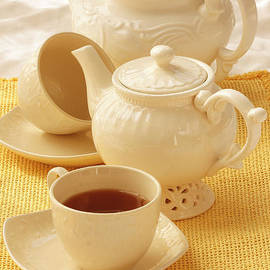 Luv Photography - White teapots and cups