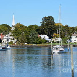 Lisa Kilby - Wickford Village Waterfront