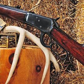 John Kiss - Winchester Model 92