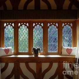 Linda Prewer - Window Of Hearts