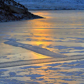 Lisa Holland-Gillem - Winter Reflections 3
