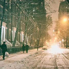 Vivienne Gucwa - Winter - Snow - Washington Square - New York City