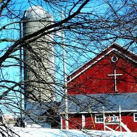 Karen  Majkrzak - Wisconsin Farm