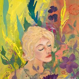 Robin Maria  Pedrero - Woman in the Garden