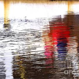 Wendy Wilton - Floating On Blue 31