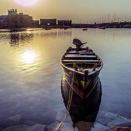Lik Batonboot - Yanbu Saudi Arabia