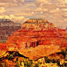 Bob and Nadine Johnston - Yavapai Grand Canyon