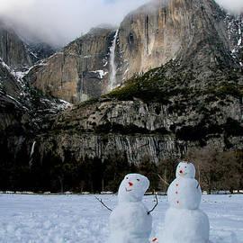 Patricia Sanders - Yosemite Falls Snowmen