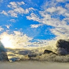 Steven Barrows - Yosemite Valley As Heaven