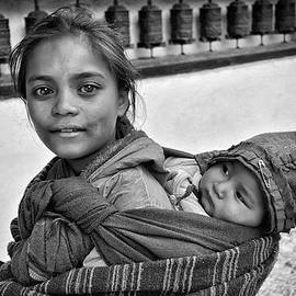 Phil Callan Photography - Young mother and child Nepal