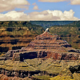 Bob and Nadine Johnston - Zoroaster Temple Grand Canyon