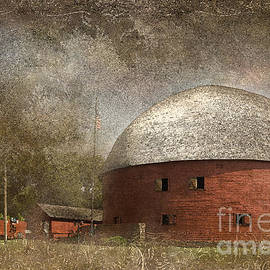 Betty LaRue - Route 66 Round Barn