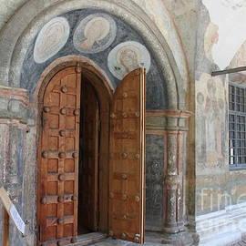 Evgeny Pisarev - Ancient gate