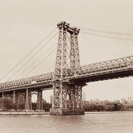 Regina Geoghan - Timeless-Williamsburg Bridge