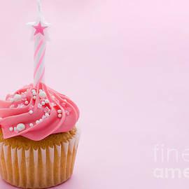 Ruth Black - Birthday cupcake