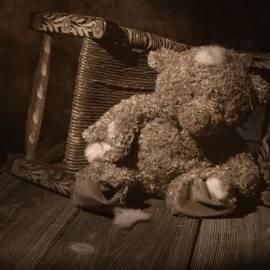 Tom Mc Nemar - A Child Once Loved Me