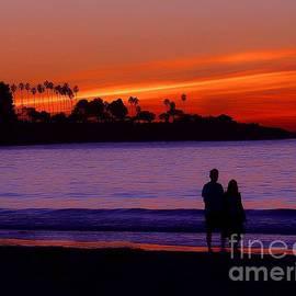Jerry L Barrett - A Walk on the Beach