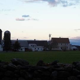 Kim Galluzzo Wozniak - All Is Quiet On The Farm
