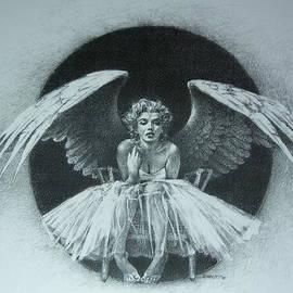 Kee Bahe - Angel Monroe