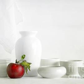Matild Balogh - Apple